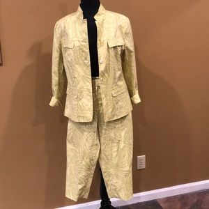 Lafayette 148 yellow/green cotton suit